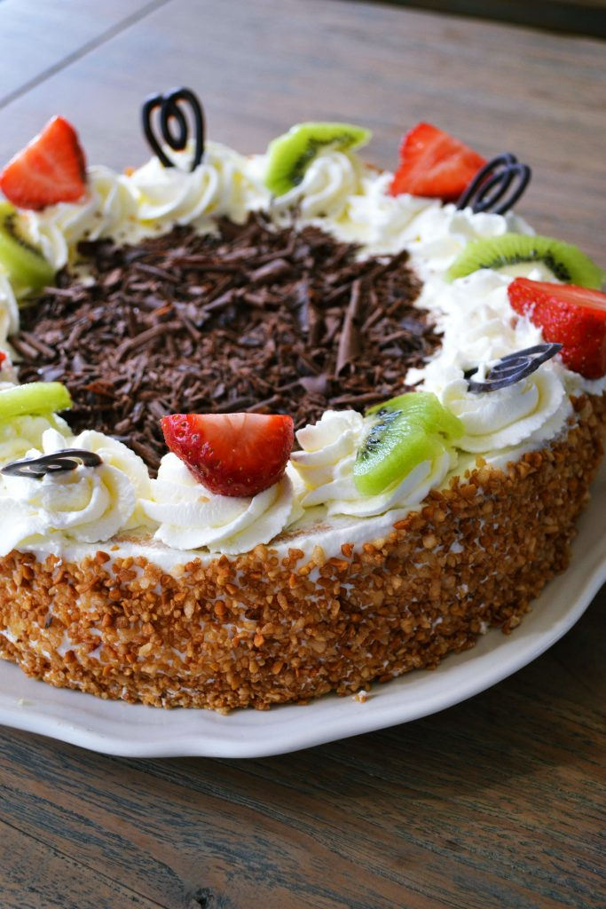 Dutch Whipped Cream Cake | Koekbook