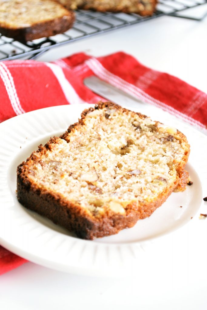 Moist Banana Nut Bread | Koekbook