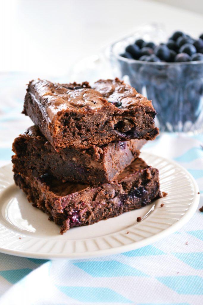 Blueberry Cheesecake Brownies | Koekbook