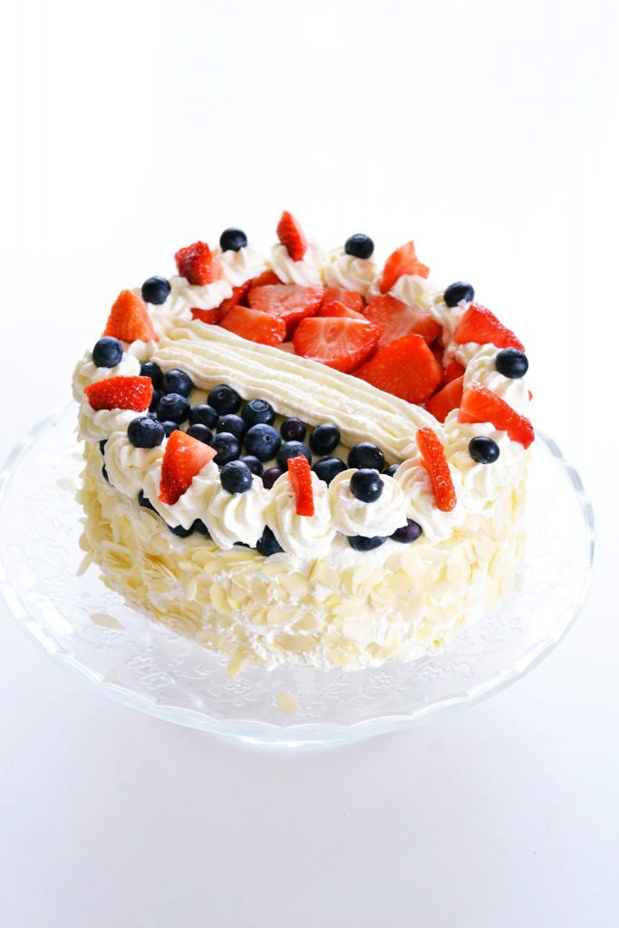 Dutch Flag Whipped Cream Cake | Koekbook