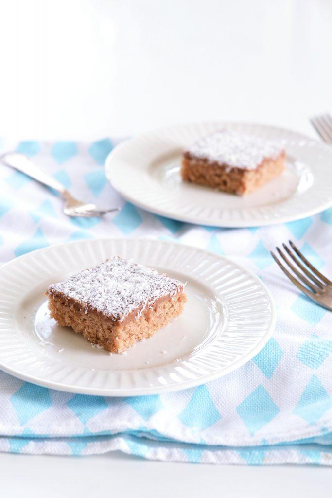 Swedish Kärleksmums Recipe (Love Treats) | Koekbook