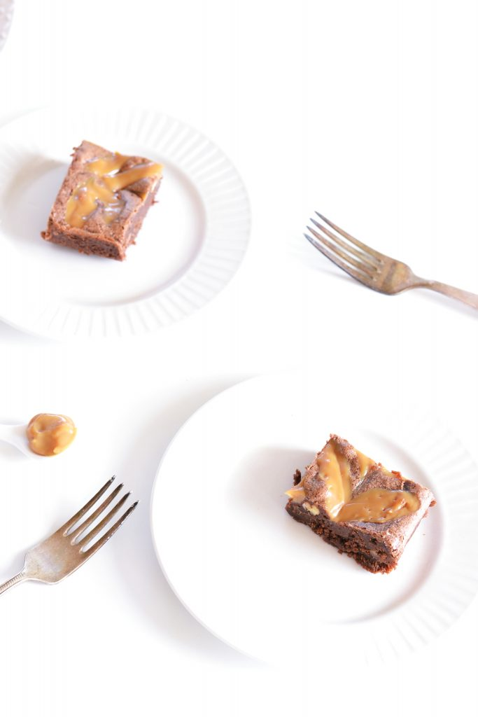 Dulce de Leche Brownies met Noten | Koekbook